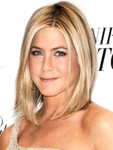 a-trend-crops-up-blonde-bobs-and-pixie-haircuts-take-over-hollywood